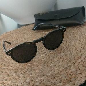Carfia Polarized Sunglasses w/ Case